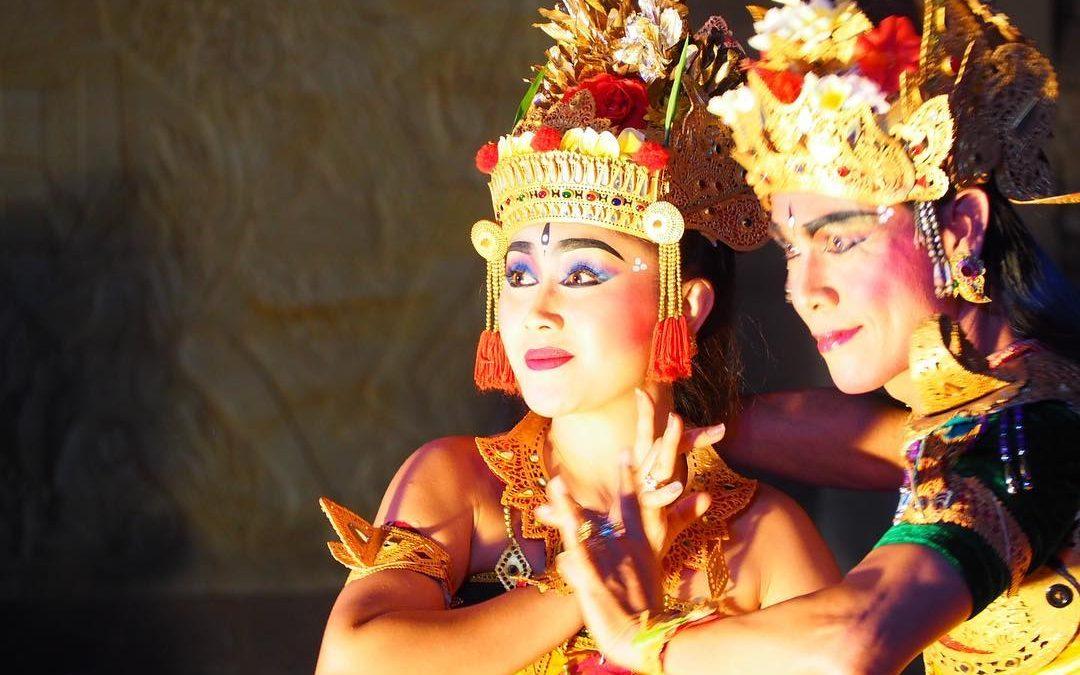 The Epic Story Behind The Ubud's Legong Dance & Ramayana